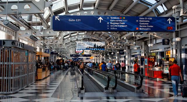 Letní dovolená a letiště