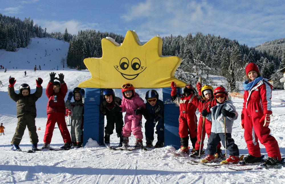 děti lyžují zdarma